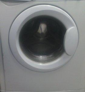 Стиральная машина автомат Indesit WISL102