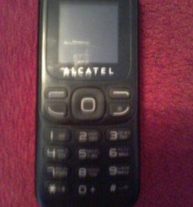 Кнопочный сотовый телефон