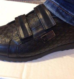 Ботинки-туфли мужские новые