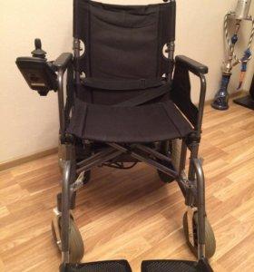 Инвалидное кресло-коляска с электроприводом Armed.