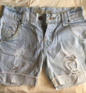 Джинсовые шорты (s)