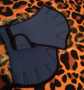 Перчатки для аква-аэробики