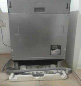 Встраиваемая посудомечная машина
