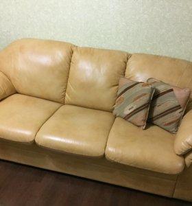 СРОЧНО❗️Диван раскладной + 2 кресла (натур. кожа)