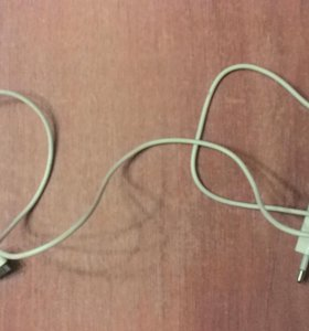 Зарядка для iPhone 4s