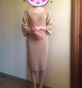 Шерстяное платье