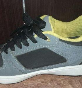 Роликовые кроссовки, 40 размер