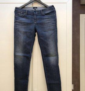 Джинсы новые Armani Jeans
