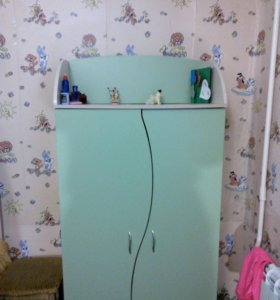Детская двухъярусная кровать+матрасы+шкаф