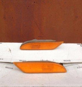 Катафот переднего бампера Мерседес W221