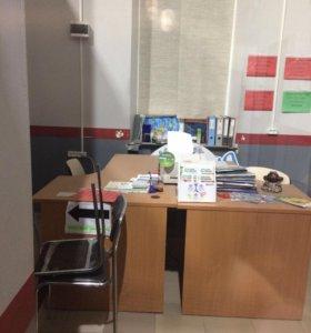 Стол шикарный офисный