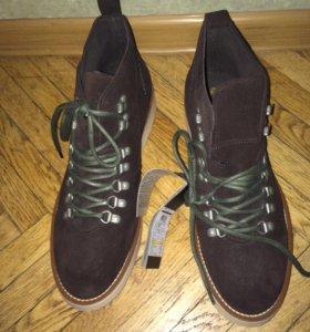 Новые ботинки из замши Springfield с биркой