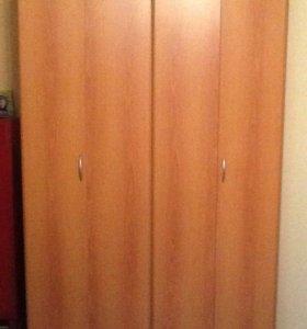 Шкаф двустворчатый в хорошем состоянии(разобран)