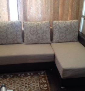 Продаёся угловой большой диван и раскладное кресло