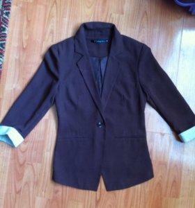 Приталеный пиджак 42-44