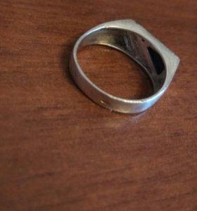 Серебряное кольцо(перстень)