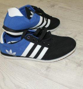Продам мужские кроссы