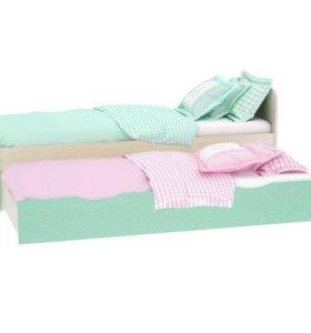 Кровать двух уровневая
