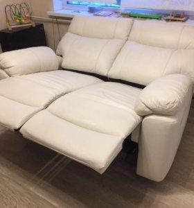 Новый диван реклайнер натур кожа