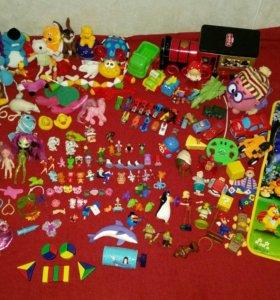Пакет игрушек - около 200шт
