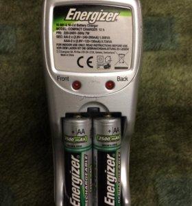 Зарядное устройство Energizer Compact Charger