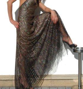 Платье в пол с паетками