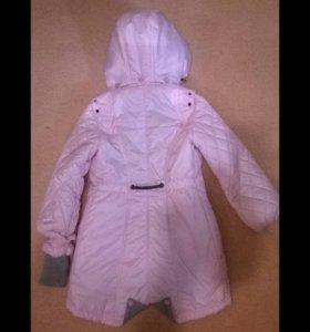 Пальто осенние на девочек 6-8 лет