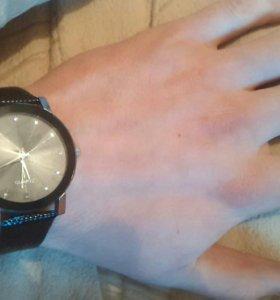 Часы QVARTZ