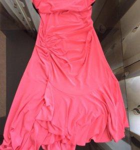 Платье вечернее. 500₽. Размер 40-42