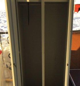 Шкаф металлический 2-х створчатый для спецодежды