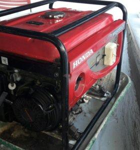 Бензогенератор Honda EP5000CX