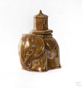 Слон(емкость для чая)
