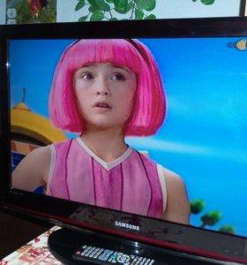 ЖК Телевизор Samsung.