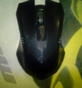 Беспроводная мышка с батарейками