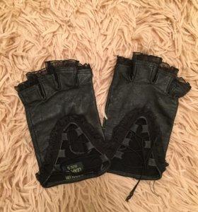 Новые автомобильные перчатки
