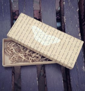 Подарочная крафтовая коробочка