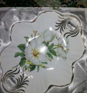Тарелка фарфор
