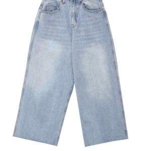 Укороченные джинсы, завышенная талия