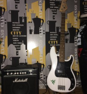 Fender Squier P Bass + marshall MB15 15W bass comb