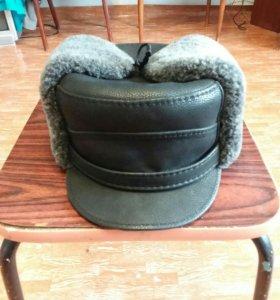 Продам шапку новую,перчатки кожа в подарок.