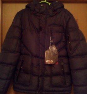 Не ношаная зимняя куртка