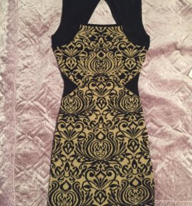 Новое Платье Concept Club Обмен