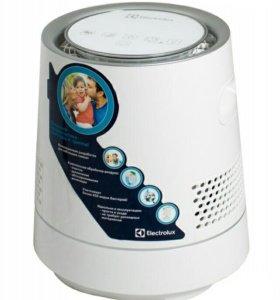 Увлажнитель воздуха Electrolux EHAW-9015