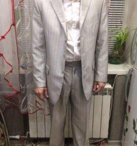 Мужской костюм р.46 рост 172. Светло серый