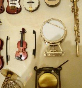 Музыкальные инструменты коллекционные