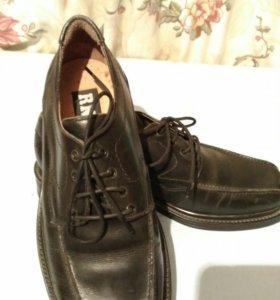 Распродаю обувь. Туфли мужские.