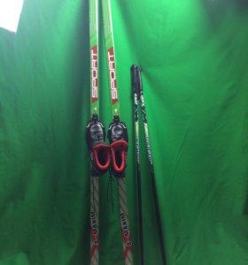 Лыжи пластиковые с ботинками