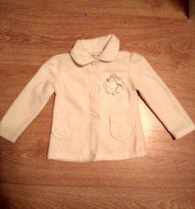 Пиджак,костюм( футболка шорты на лямках)