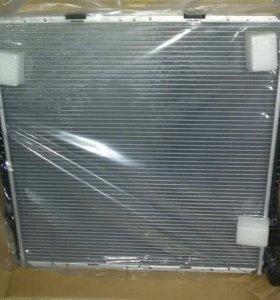 радиатор на БМВ Х5 е53