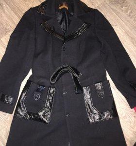 Пальто весеннее🍰